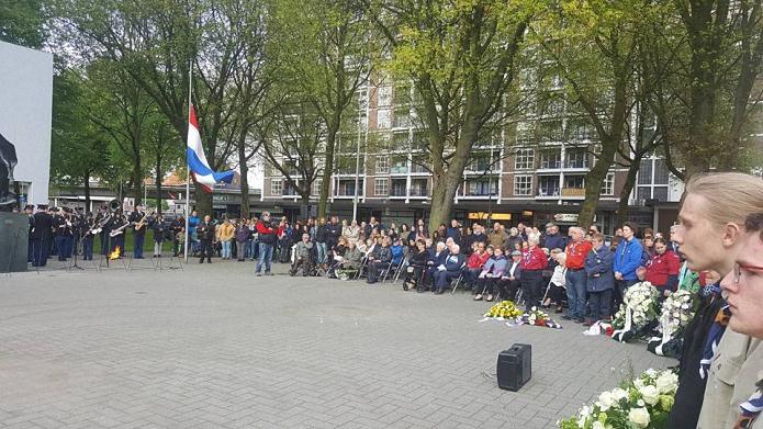 4 mayis hollanda sehitleri anma toreni1
