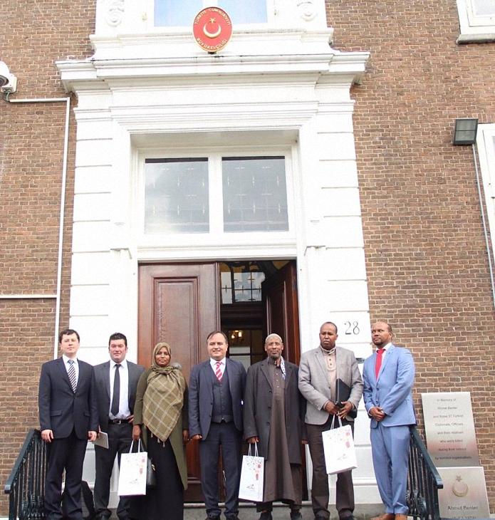 somalililer elciligimizi ziyaret etti3